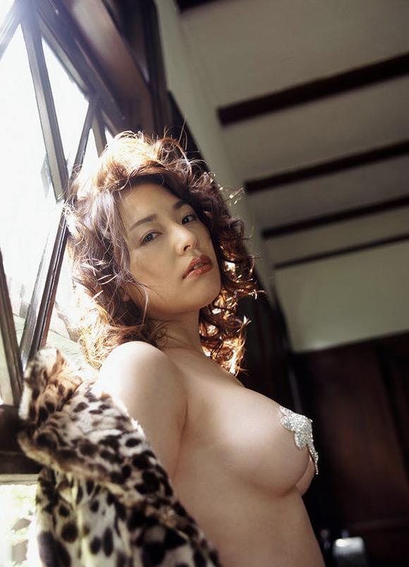 Former-AV-idol-Haruka-Nanami-by-ohfree.net-33 Japanese actress, a former AV idol Haruka Nanami 名波 はるか nude sexy