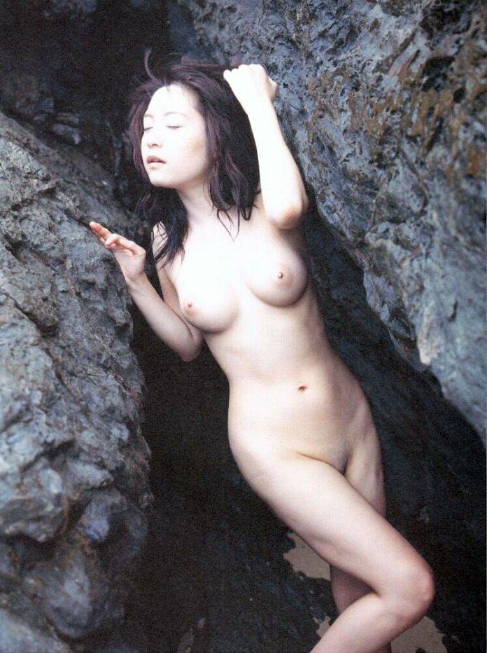 Japanese-AV-idol-Haruna-Miwa-004-by-ohfree.net_ Japanese AV idol, gravure idol Haruna Miwa nude sexy photos leaked