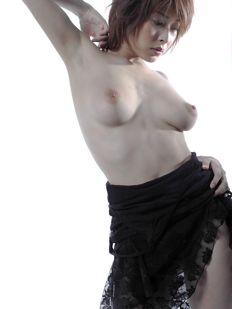 Former-AV-idol-Nana-Natsume-nude-006-by-ohfree.net_ Japanese film actress, former AV idol Nana Natsume nude sexy leaked