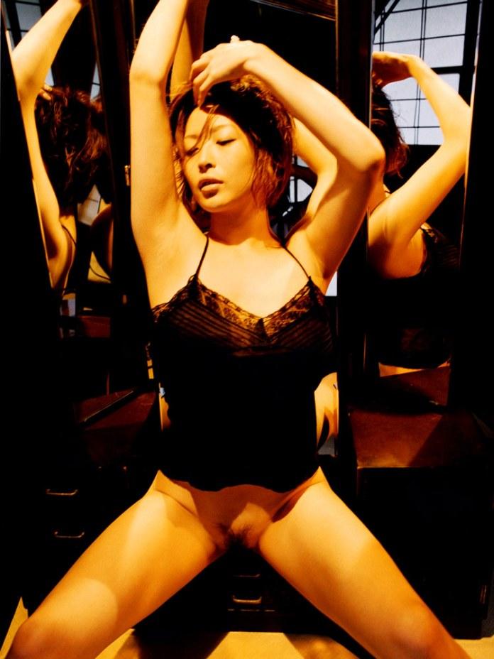 Former-AV-idol-Nana-Natsume-nude-025-by-ohfree.net_ Japanese film actress, former AV idol Nana Natsume nude sexy leaked