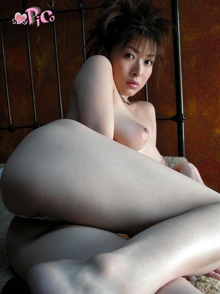 Former-AV-idol-Nana-Natsume-nude-030-by-ohfree.net_ Japanese film actress, former AV idol Nana Natsume nude sexy leaked