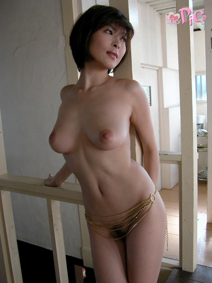 Former-AV-idol-Nana-Natsume-nude-031-by-ohfree.net_ Japanese film actress, former AV idol Nana Natsume nude sexy leaked