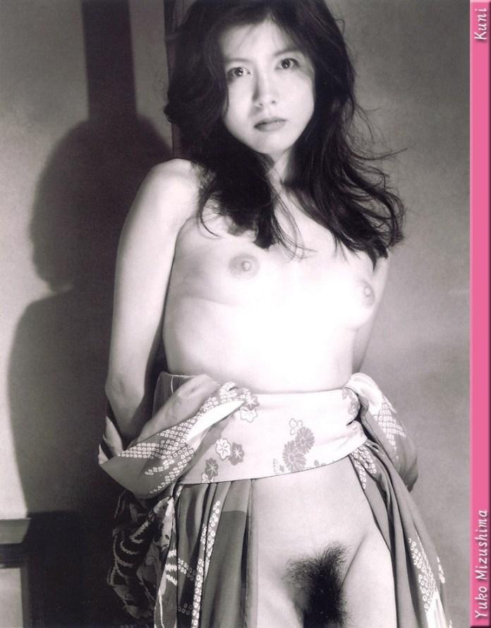 Japanese-gravure-idol-Yuko-Mizushima-007-by-ohfree.net_ Japanese gravure idol Yuko Mizushima 水島裕子 nude sexy photos leaked
