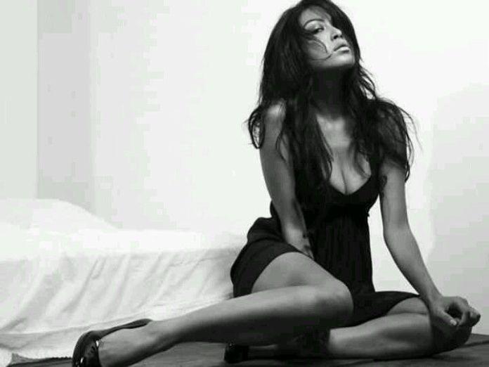 Mariqueen-Maandig-leaked-nude-sexy-005-by-ohfree.net_ Filipino American musician Mariqueen Maandig leaked nude sexy photos