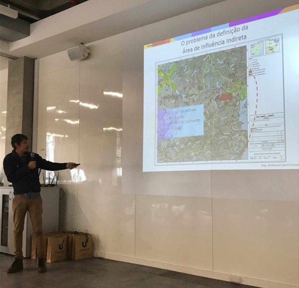 Presentation by Iporã Possantti (photo: Marília Gehrke)