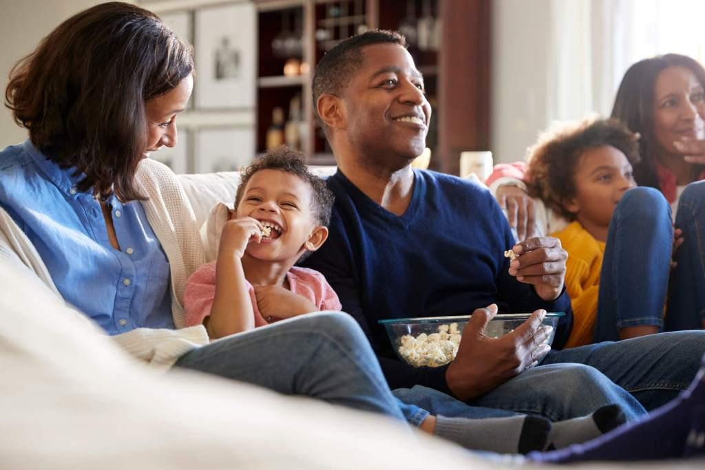 Cinema em casa: 9 filmes para ver com os mais pequenos title