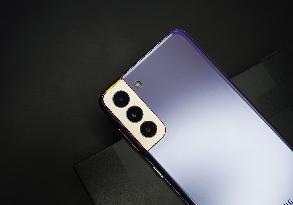 iPhone 12 vs. Galaxy S21: qual o melhor? title