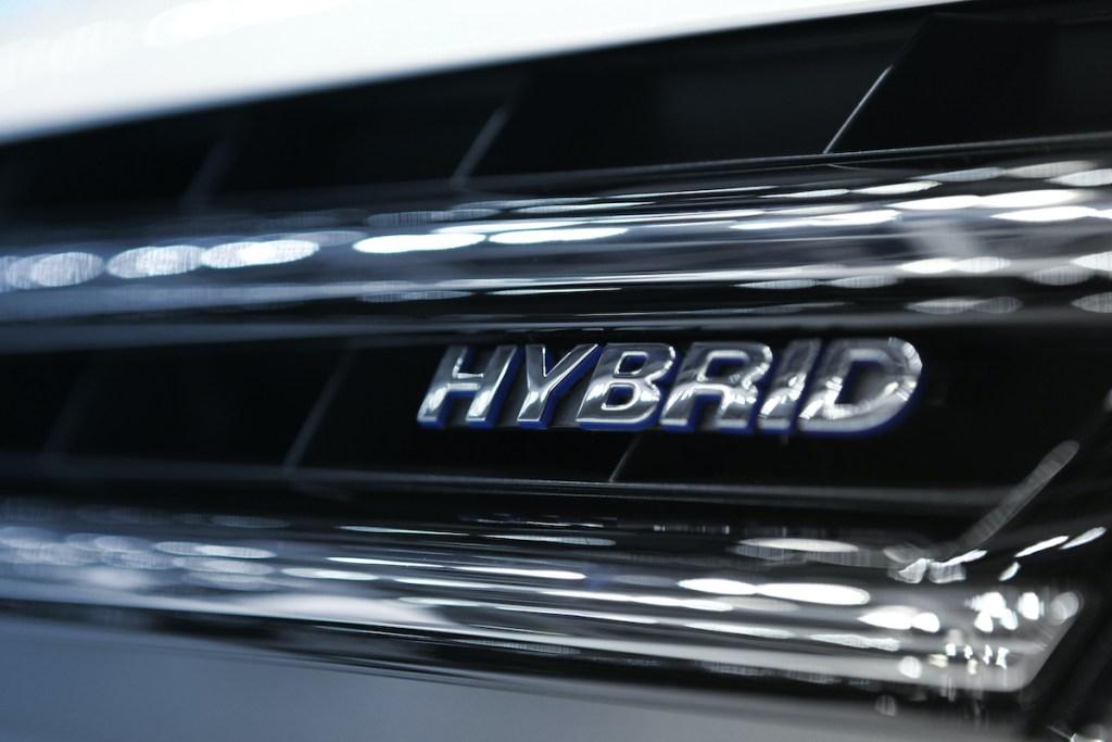 3 carros híbridos usados por menos de 10.000€ title