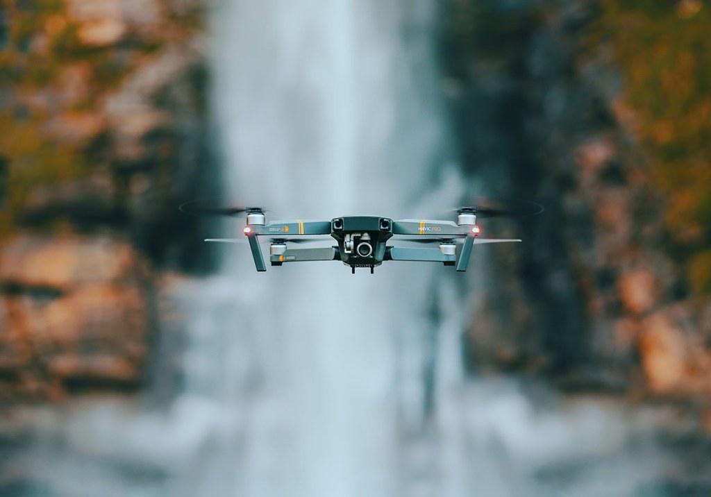 Os 5 melhores drones baratos para comprar em 2021 title
