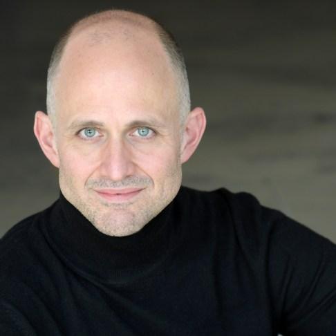 Der amerikanische Tenor Michael McCown gehört seit 2001 zum Ensemble der Oper Frankfurt, Foto: Barbara Aumüller