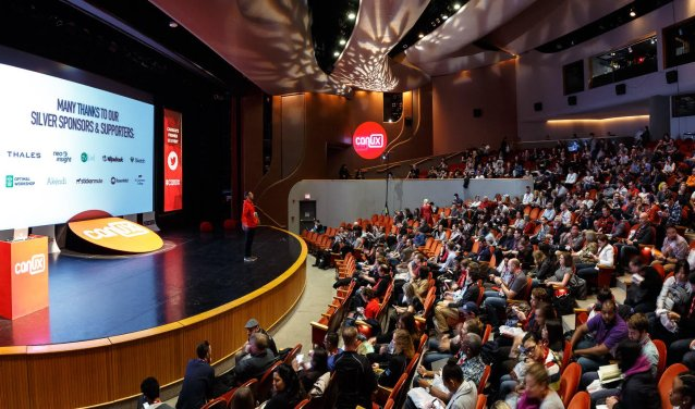 The crowd at CanUX settling in for the start of the conference.