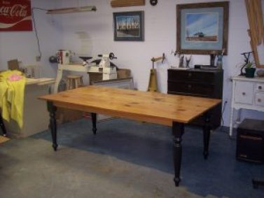 English Country Dining Table Leg