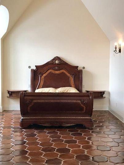 Venice Classic Corbel