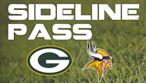Sideline Pass Packers at Vikings
