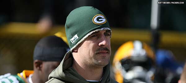 131203-rodgers-sideline600