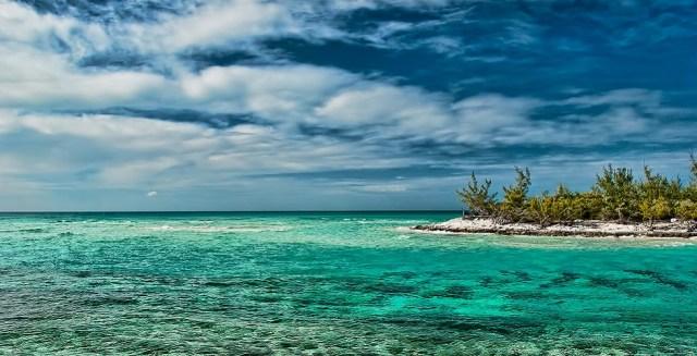 bahamas-clear-waters-island
