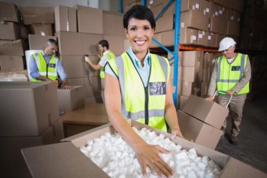 Cutie de carton pentru protecția produsului cu fulgi din polistiren