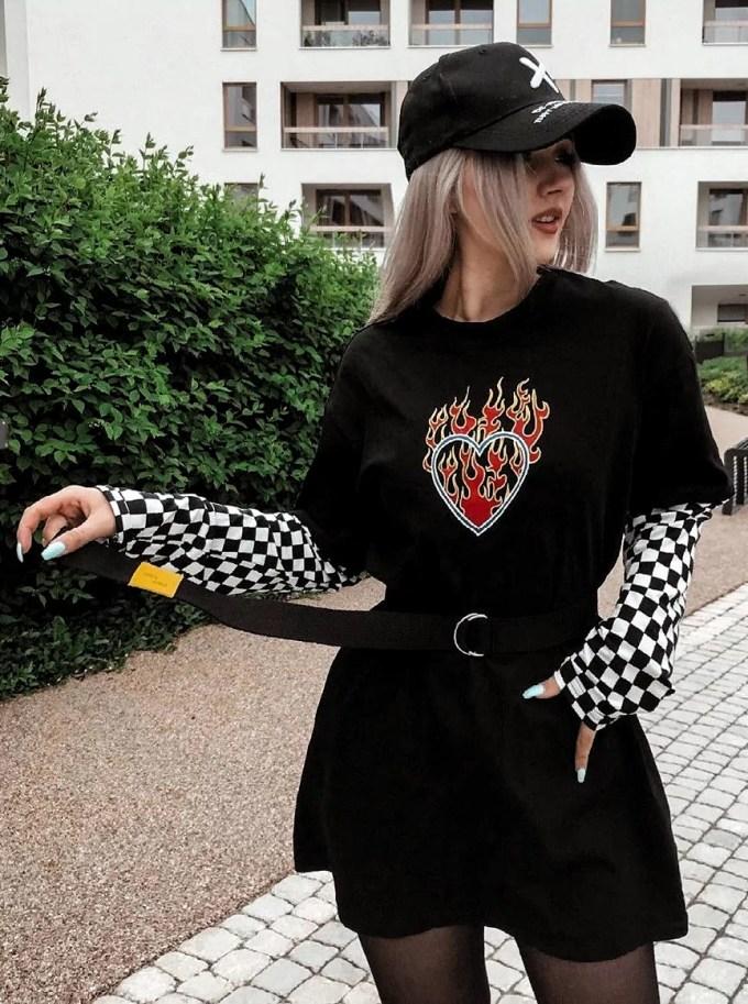 E-girl: saiba mais da tendência e se inspire com dicas incríveis – Blog da  Pajaris   Biquínis, Moda, Viagens e Vida Solar