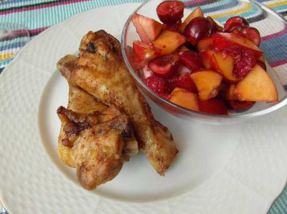 Kuřecí paličky s ovocnou salsou