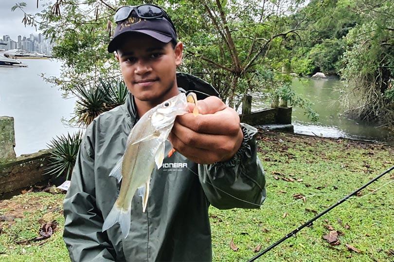 Tudo Sobre | Conjunto Impermeável Pescador Pioneira