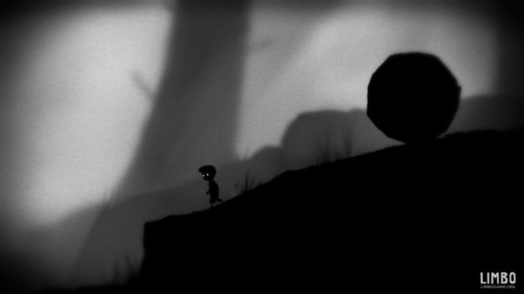 Imagem do game LIMBO, personagem fugindo de uma enorme pedra