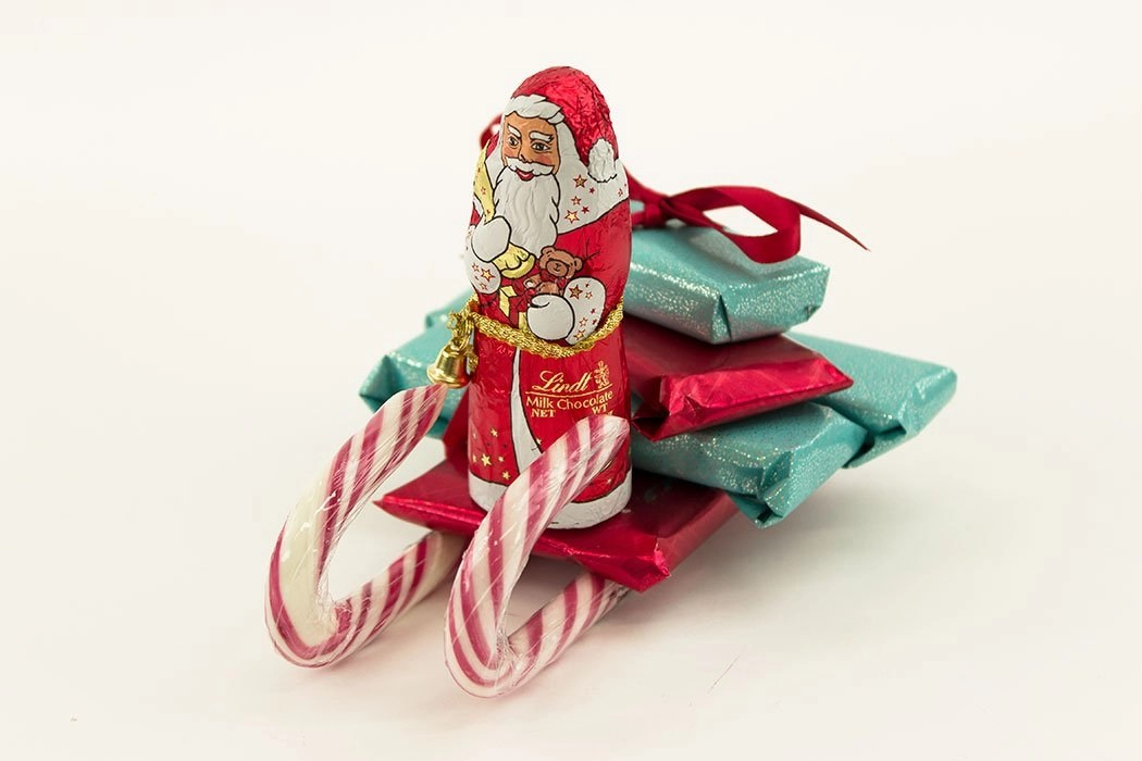 How To Make A Candy Cane Sleigh Party Delights Blog