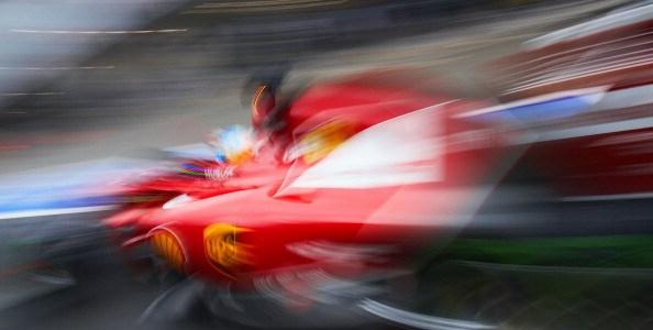パワーを求めて – シェルとフェラーリ 2014年への旅路