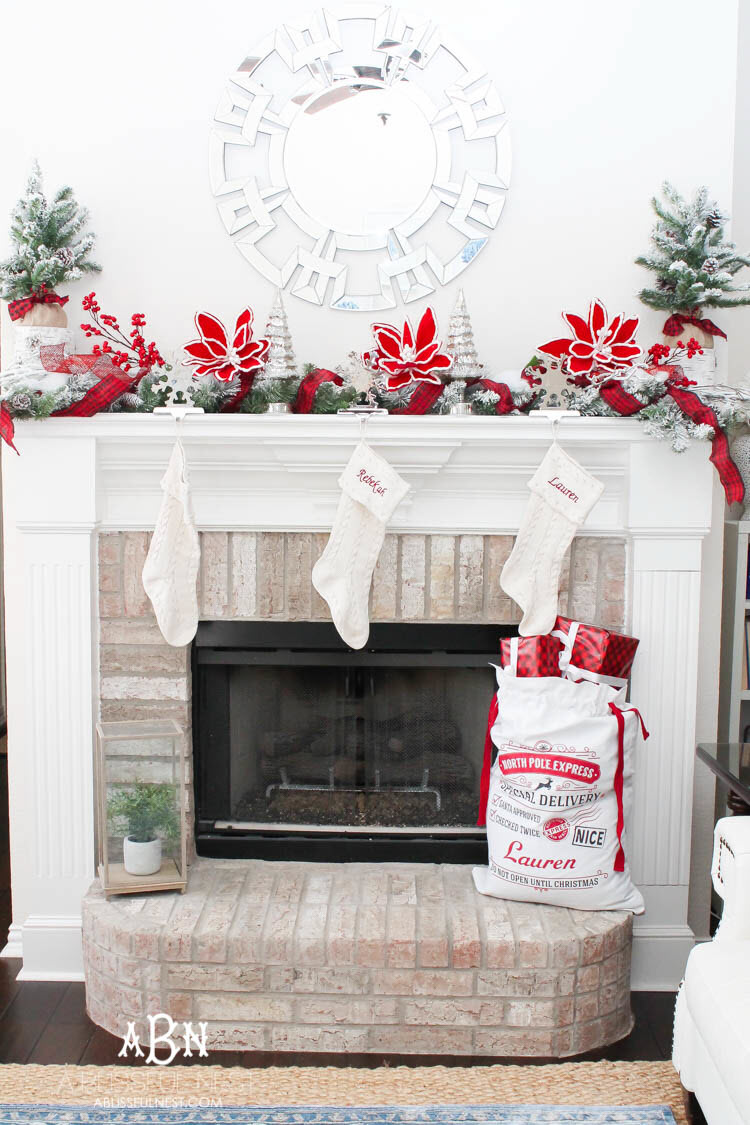 Christmas Mantel Decor Ideas: Create A Custom Look