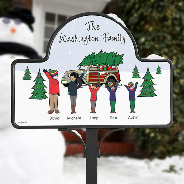 Christmas Family Personalized Welcome Sign by philoSophie's