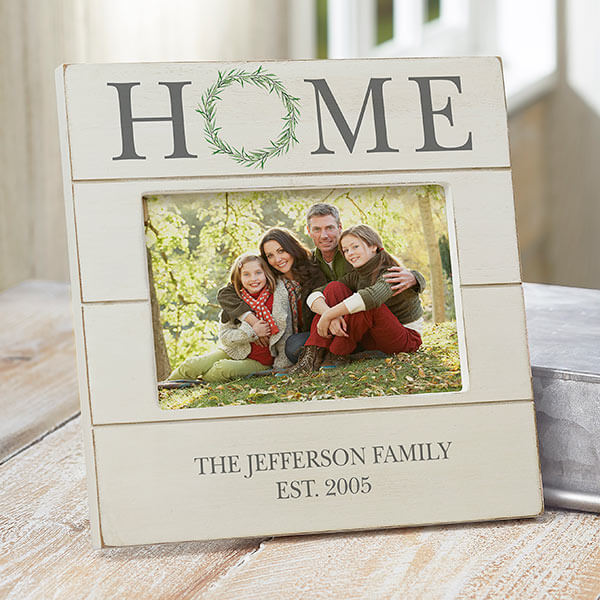 Home Wreath Shiplap Picture Frame