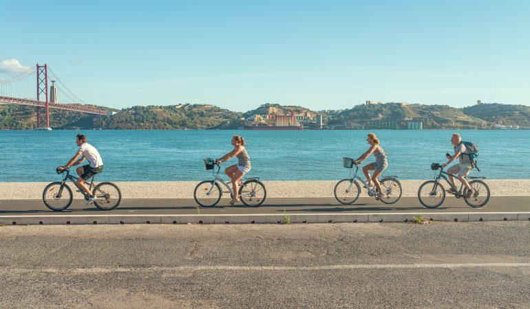 La bicicleta gana terreno: lo que tenes que saber para pedalear por la ciudad mochila a cuestas