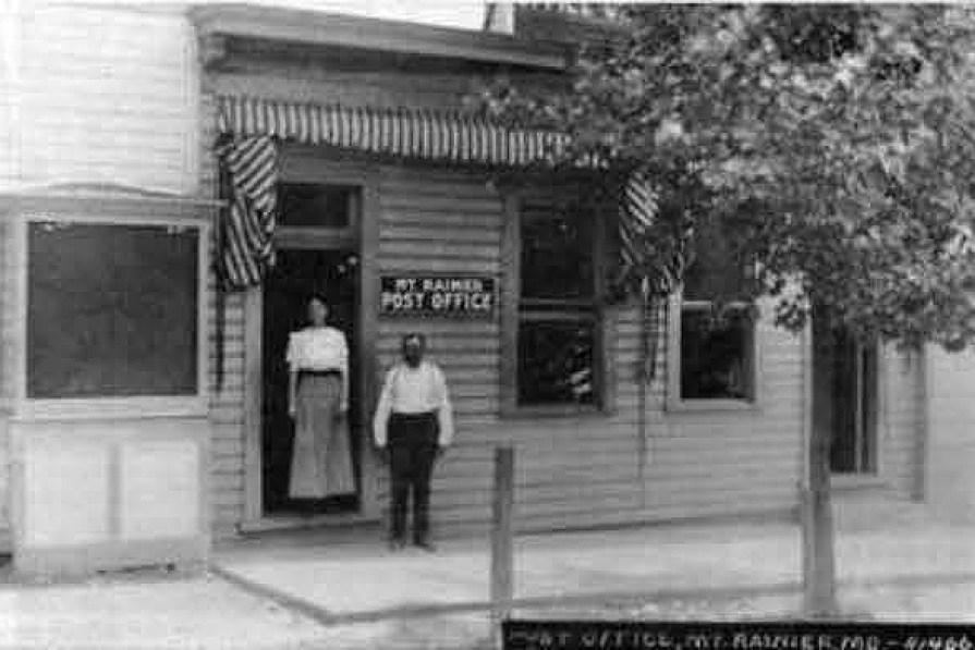 Post Office in Mount Rainier in 1903