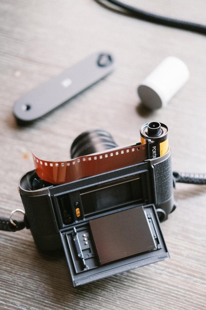 fotografie-film-aparat-foto-vechi-film-photosetup-1