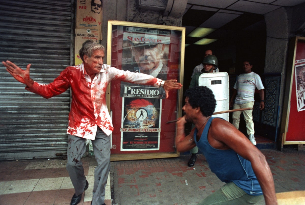 Protests in Panama 1989 (Photo by Ron Haviv/VII Agency)