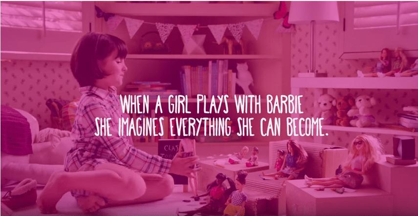 Lo spot Barbie che incoraggia le bambine a sognare