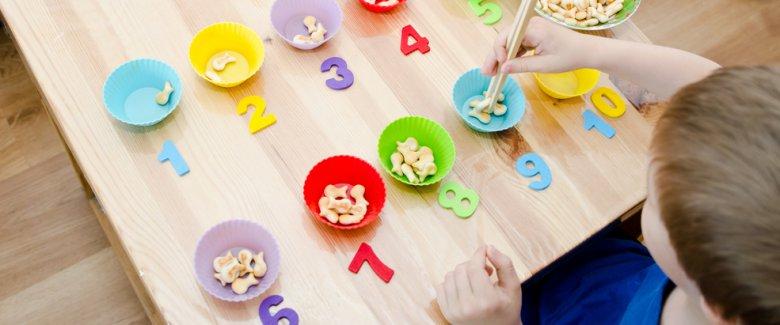 Giochi in stile Montessori