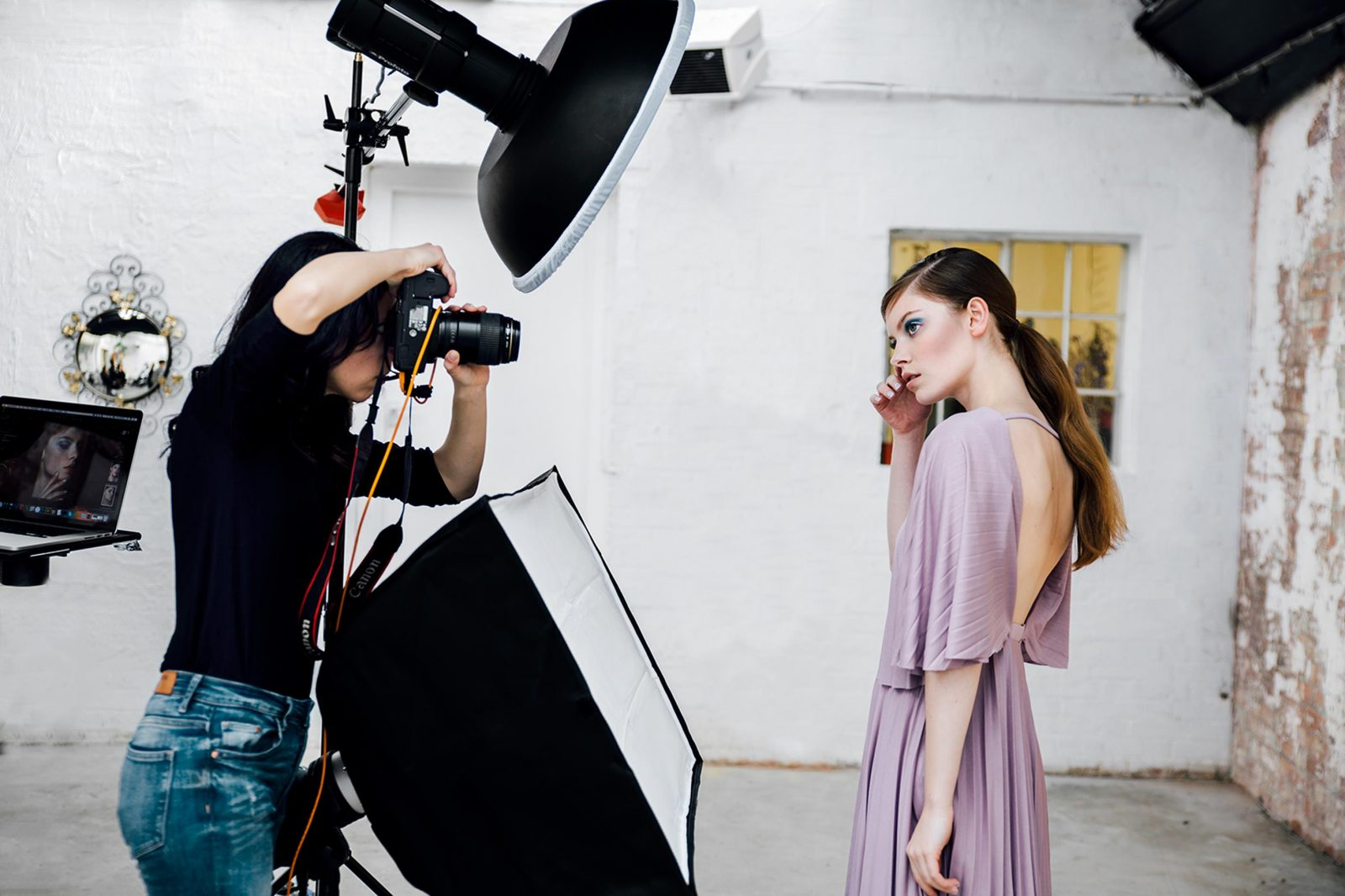 Six Setups for Beauty Lighting with Profoto  pictureline