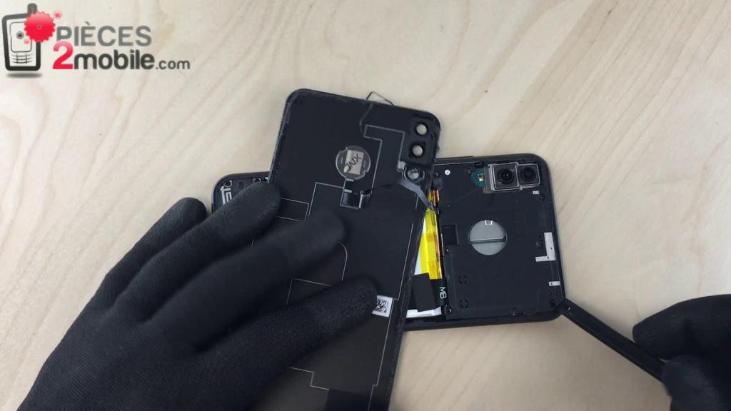 Démontage du cache de protection de la carte mère du Zenfone 5