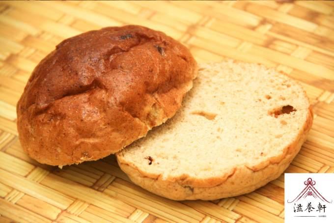 胚芽麵包切開