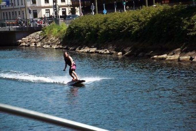 wakeboard eléctrica