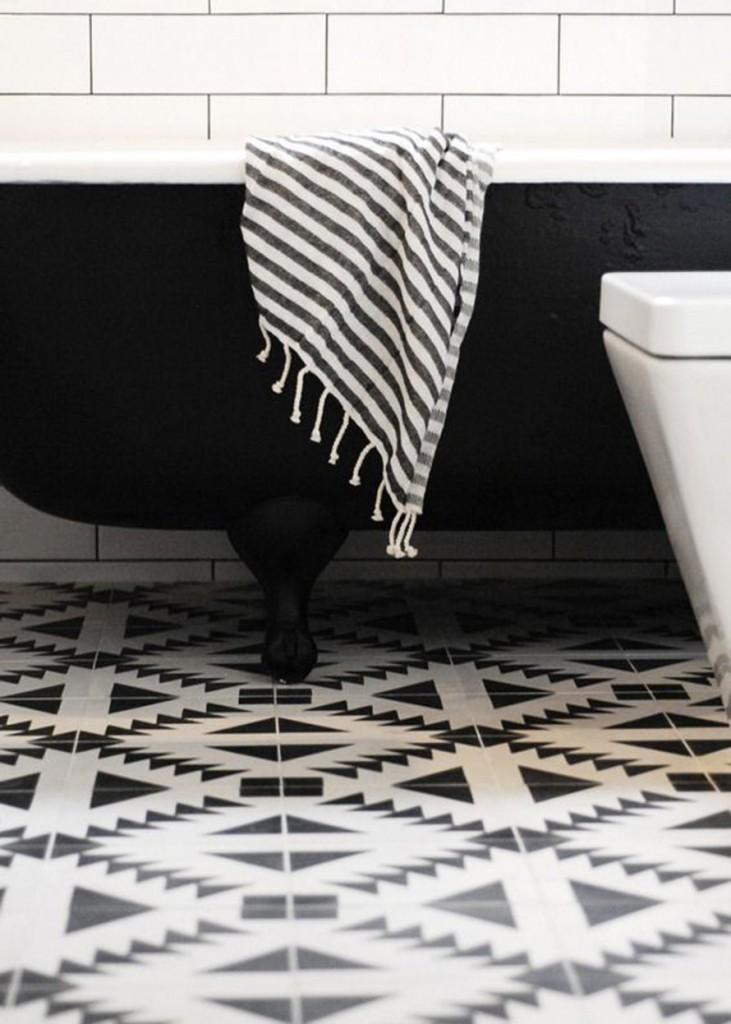 Salle De Bain En Noir Et Blanc Design Ides Et Conseils