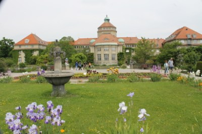 Main building at the Munich Botanical Garden