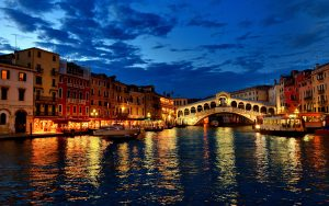 1-venice-at-night