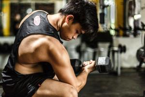 superset exerces dumbell bicep curl