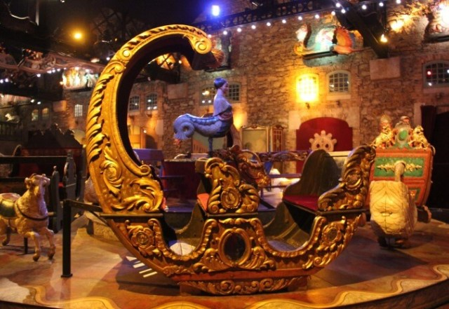 The Musée des Arts Forains showcases classic fairground memorabilia