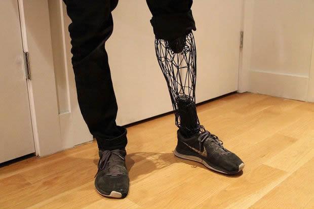 faceted-leg-prosthetic