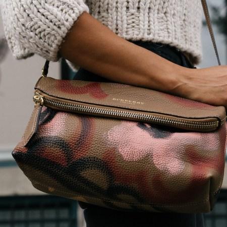Crossbody handbag trends
