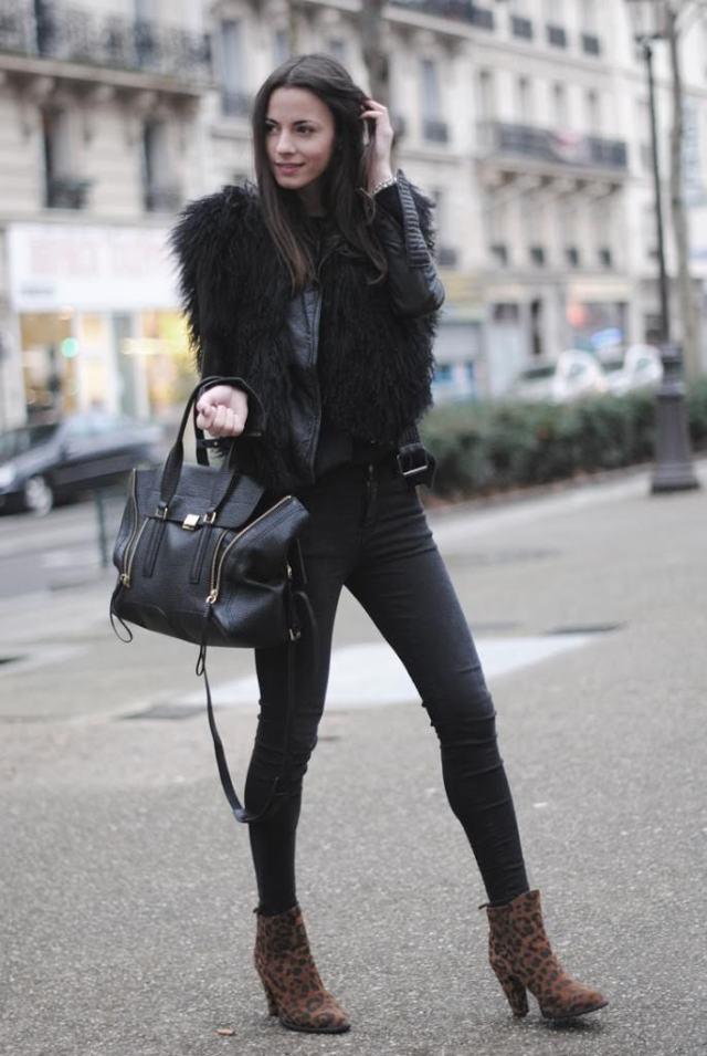 leopard-boots-zina-fashionvibe-paris-streets