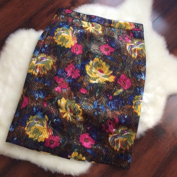 040215_get the look_floral skirt