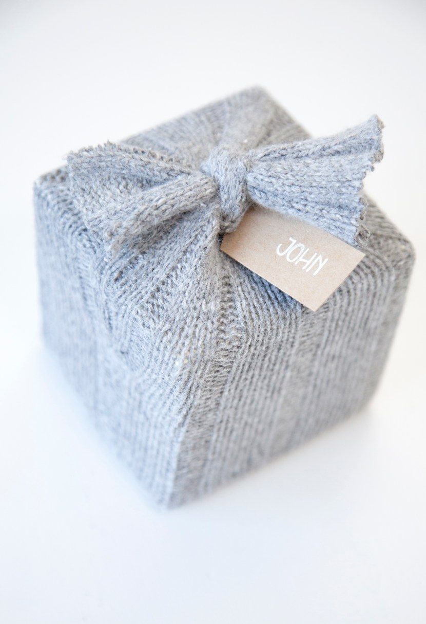 boxwoodclippings_cozy gift wrap[1]
